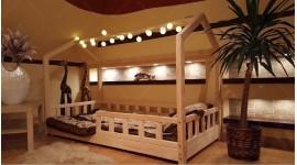 Lit cabane Bella avec barrière 80 x 140cm